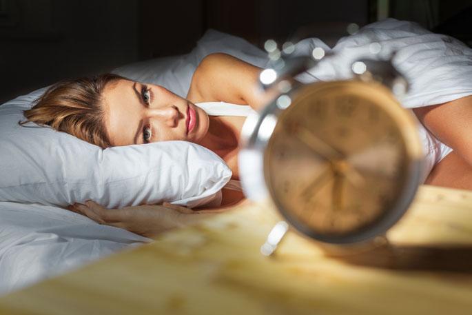 zaburzenia snu, bezsenność, problemy ze snem